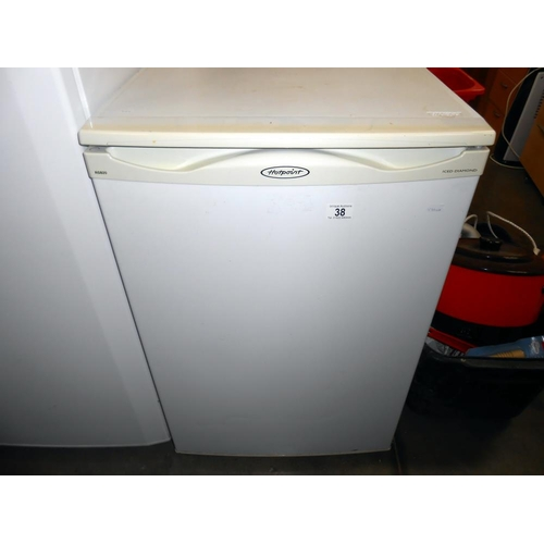 38 - A Hotpoint RSB 20 fridge