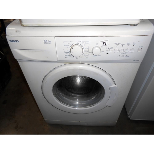 39 - A Beko WM5140W washing machine
