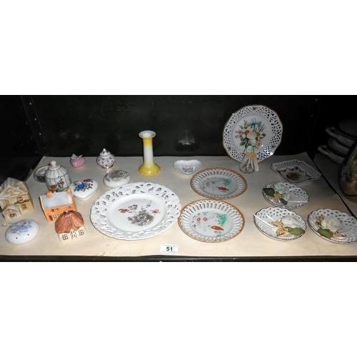 51 - A quantity of decorative ribbon plates plus small lot of vintage pomanders etc.