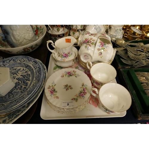 9 - Royal Albert Moss Rose patterned china tea wares...