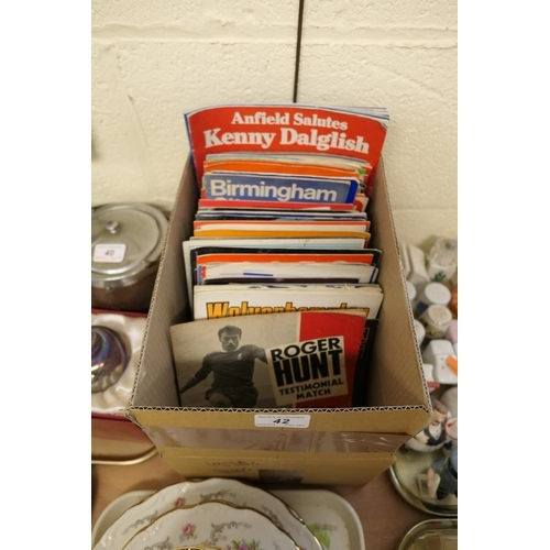 42 - Collection of mainly 1970s football programmes...