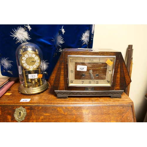 137 - Art Deco oak chiming mantel clock and Kundo brass anniversary clock (2)...