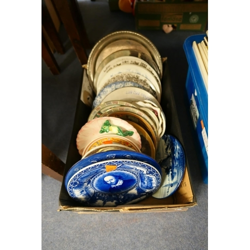 129 - Assorted decorative plates...