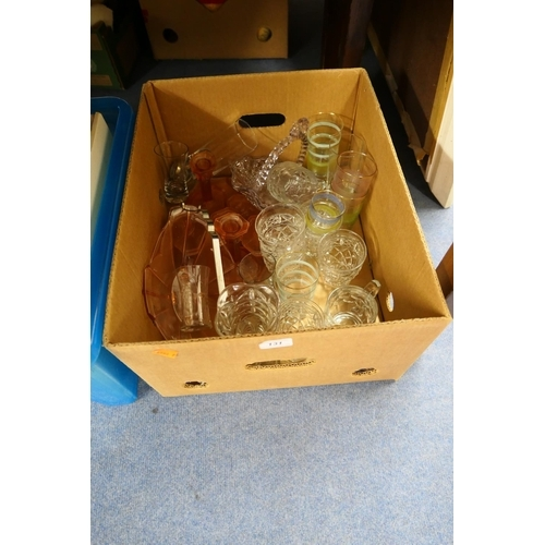 131 - Box of mixed glassware...