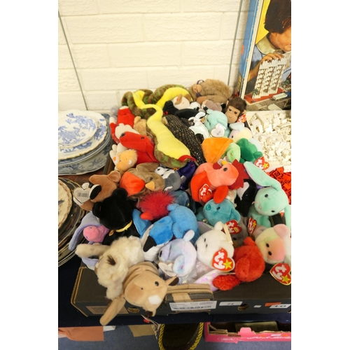 24 - Collection of Ty Beanie Babies...