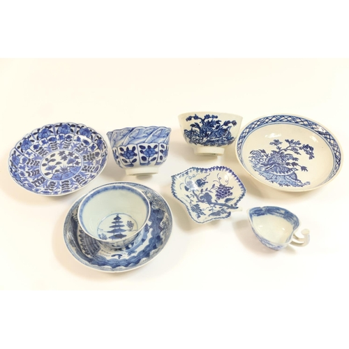 29 - Caughley blue and white printed tea bowl and saucer, in the quail pattern, circa 1780; also a Worces...