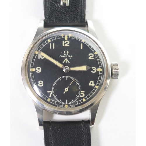 408 - Omega British Military W.W.W. gent's stainless steel wristwatch, one of the Dirty Dozen, 30mm black ...