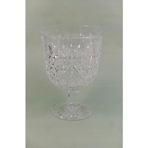 3 - Impressive Webb cut crystal footed bowl, 20th Century, U-shaped bowl with strawberry and fan cuts ov...