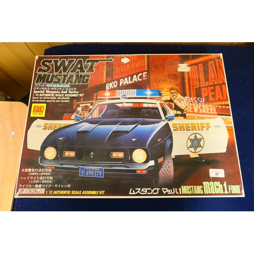 37 - Otaki model kit of a Mustang MACH 1  (Please refer to the note on Lot 1)...