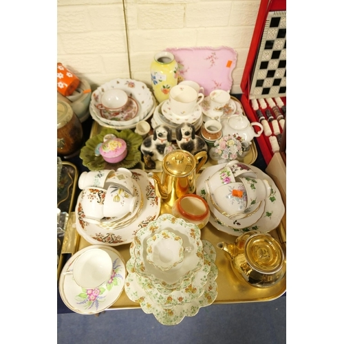 9 - Mixed tea wares including Foley china, Royal Worcester tea and coffee pot; also further plates and b...