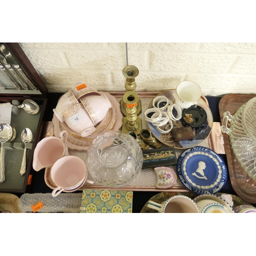 10 - Colclough China pink and gilt part tea service, also Wedgwood pin dishes, globe vase and a pair of b...