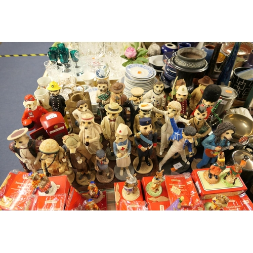 114 - Quantity of Country Artists 'Magnificent Meerkats'...