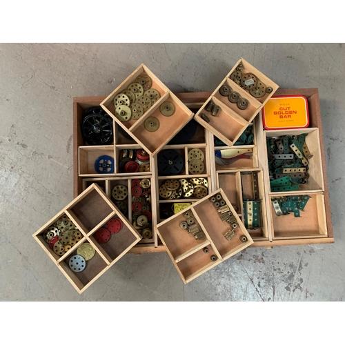 708 - A Mid 20th century Meccano light oak 6 drawer collectors cabinet with original Meccano parts card to...