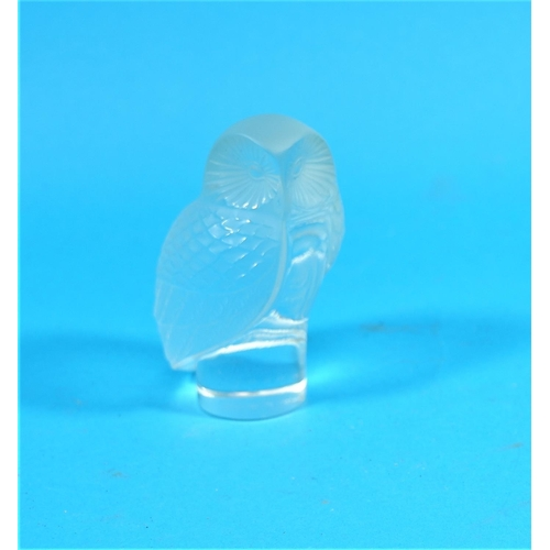 180 - A Lalique clear and frosted glass model of an owl, signed Lalique, France, 3.5