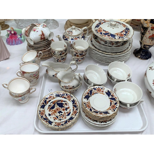 210 - A Booth's Dovedale part dinner and tea service, 36 pieces approx..; a Tuscan Windsor part tea set, 2...