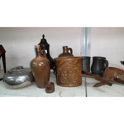 518 - Two 18th century pewter mugs and other collectables...