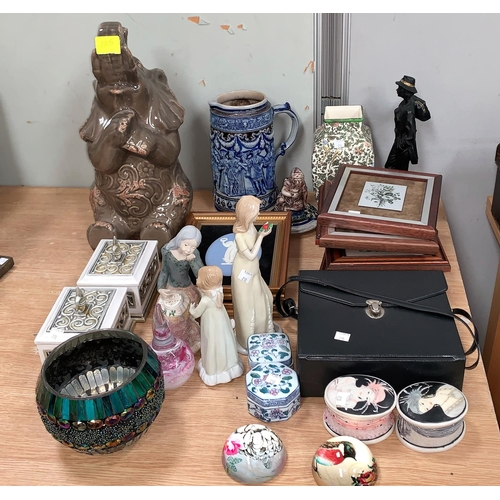 155 - A large stein and decorative pottery etc...