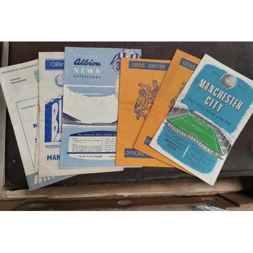 616 - MCFC & MUFC 28.12.1957 and a group of 7 further MUFC away game programmes...