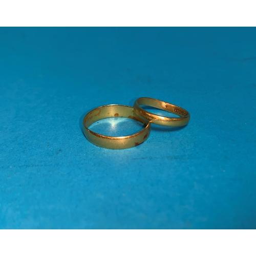 357 - Two 22 carat hallmarked gold wedding rings, 4 gm...