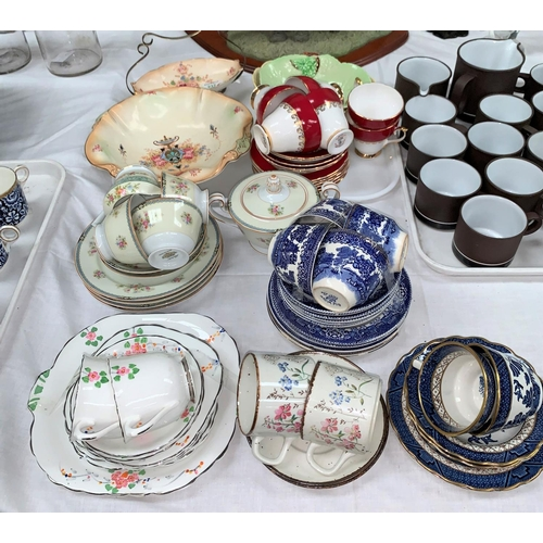 237 - Two Carltonware dishes; a bone china tea service; a Crown Devon dish with EPNS stand; a selection of...