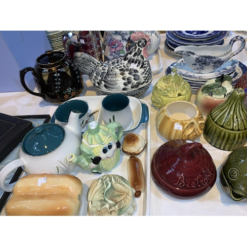 15 - A 19th century set of Willow pattern plates; a collection of preserve pots; decorative china and gla...