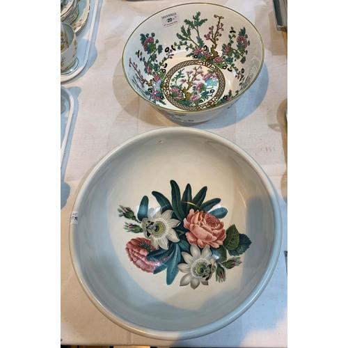 7a - A Portmeirion fruit bowl by Susan Williams Ellis; a Coalport