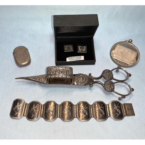 349 - A hallmarked silver vesta case; a Stockport Sunday School medallion; a pair of cufflinks; etc....