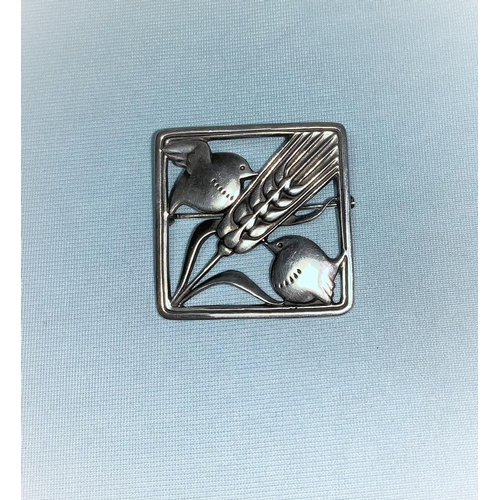 423 - Georg Jensen:  sterling silver square brooch, 2 birds on either side of a blade of wheat, 3.5 cm, ma...