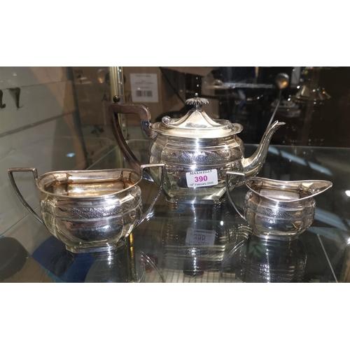 390 - A silver bachelors' 3 piece tea service, maker M.W., Sheffield 1897, 18 oz...