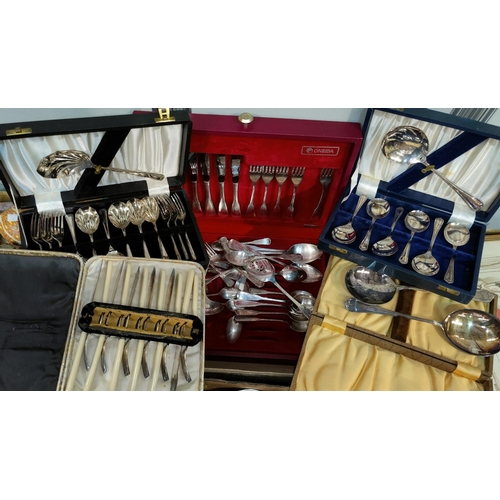 10 - A Rogers silver plated canteen of cutlery, other silver plate...