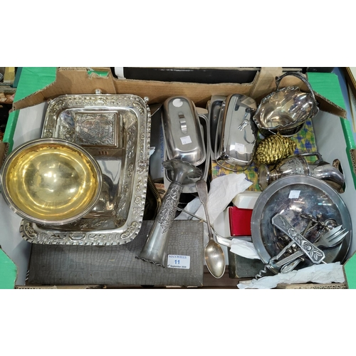 11 - A selection of silver plate, cutlery and stainless steel...