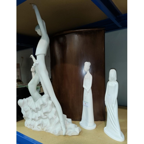 7 - A Lladro group of ballet dancers height 52cm (fingers on one hand a.f.) 2 Spode figures