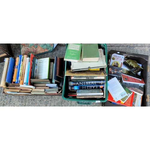 6 - A selection of books and CDs, Blue Ray etc...