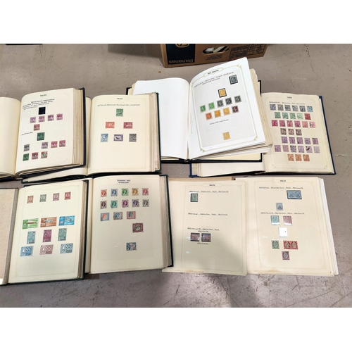 725 - BRITISH COMMONWEALTH - a collection of stamps in loose-leaf albums...