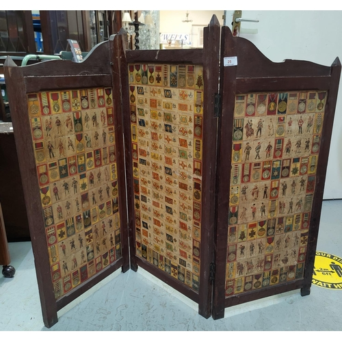 25 - A 3-foldscreen with military cigarette card panels