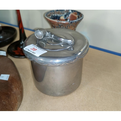 39 - A Norwegian pewter tobacco box by