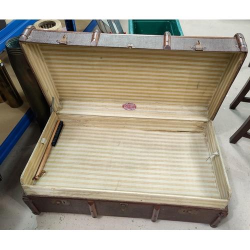 13 - A wood and fibre cabin trunk...