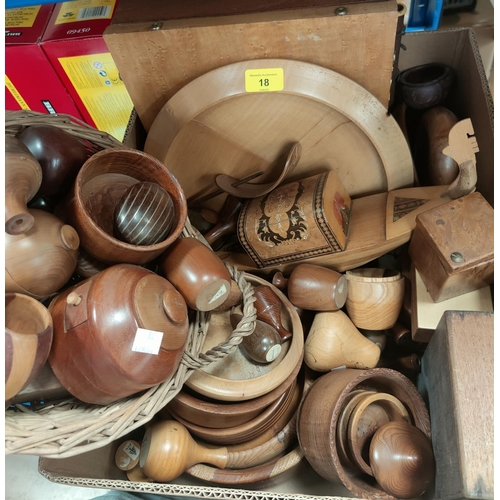 18 - A selection of decorative treen...