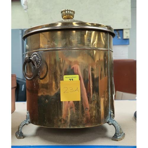 23A - A 1920's brass coal bin; a 19th century copper kettle; a ship's brass lantern; other metalware...