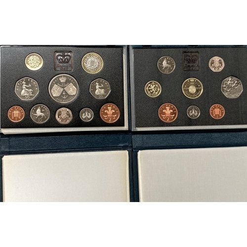 271 - GB: coin sets 1994 and 1997