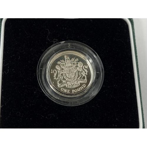283 - GB: silver piedfort £1 coin, 1983