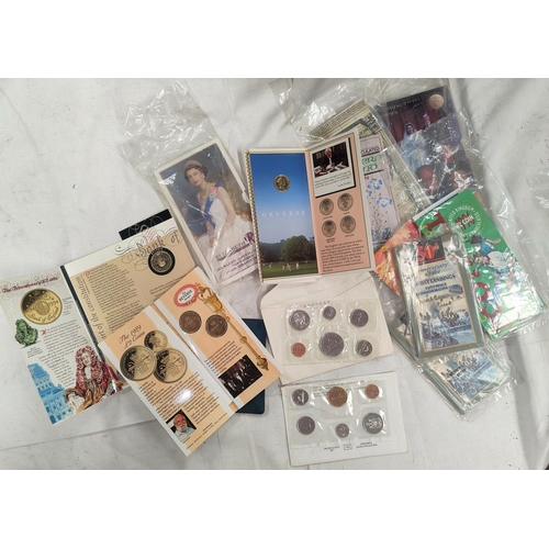 237 - GB: presentation pack, mainly £1 & £2 coins, 12 items and 2 sets Canadian coinage