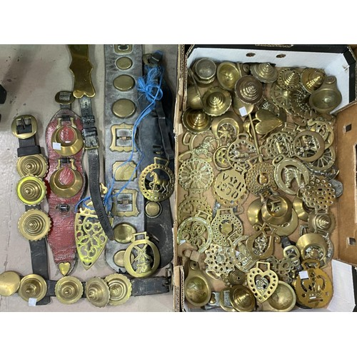 112 - A good selection of Horse Brasses and brassware etc.