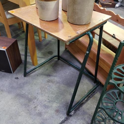 53 - Old School Desk