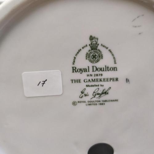 17 - Royal Doulton The Gamekeeper - HN2879