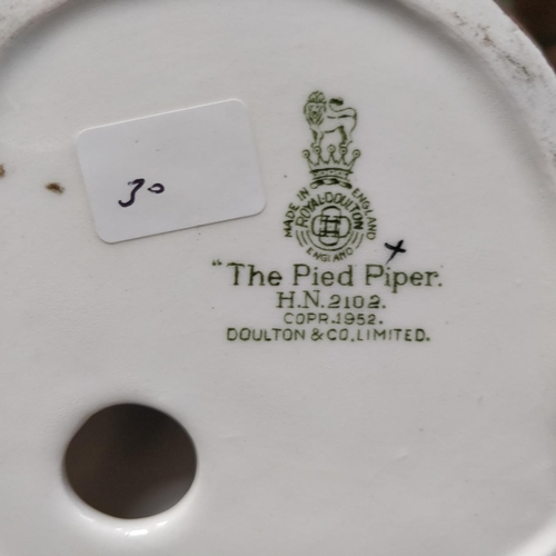 30 - Royal Doulton The Pied Piper - HN2102