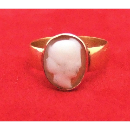 12 - 18ct yellow gold ring with cameo,   size N/M, 3 grams gross...