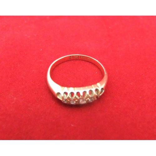 17 - 18ct ladies yellow gold & diamond ring,   size I, 2.3grams gross...