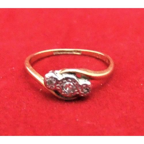19 - 18ct gold & 3 diamond illusion, platinum set ring,   size M, 1.7 grams...