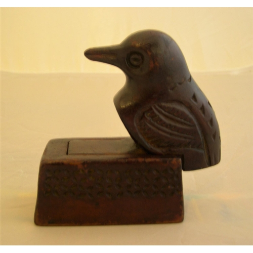 35 - Genuine North American Indian,  early 20thC folk art trinket box carved as a bird....